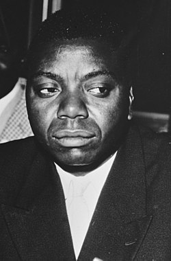 Moïse Tshombe at the Belgo-Congolese Round Table Conference.jpg