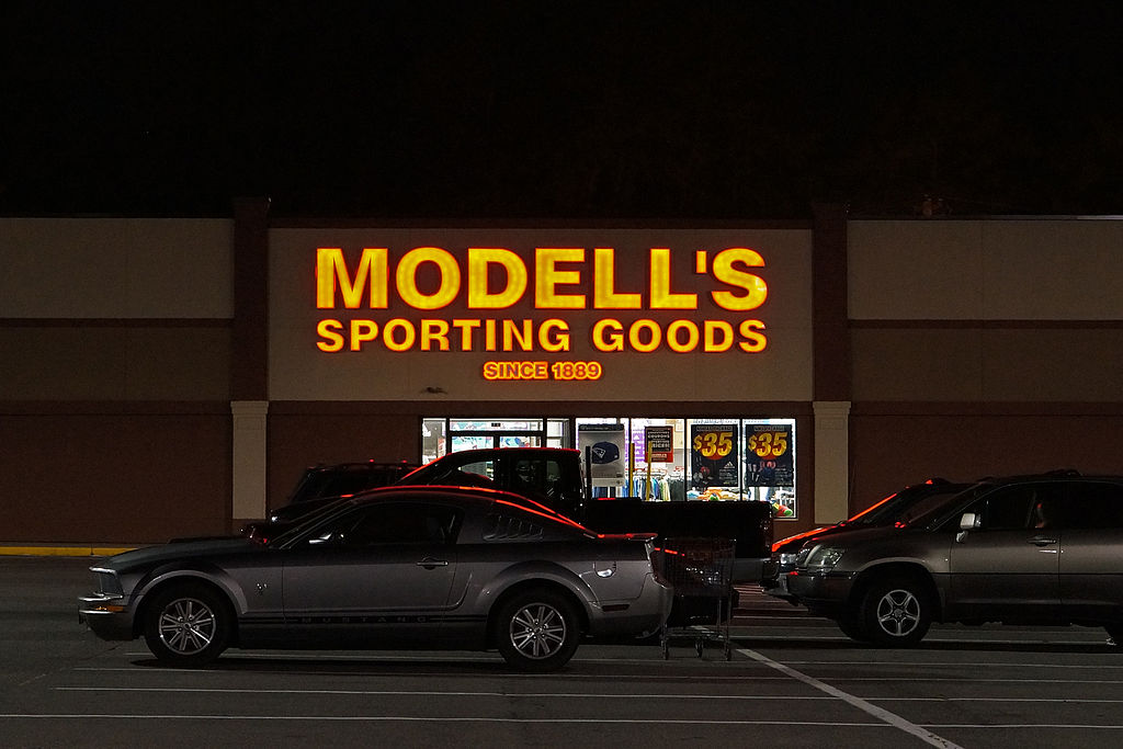 anyoption modell's sporting goods wikipedia france