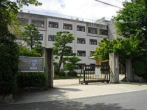 「桃山高校 校舎」の画像検索結果