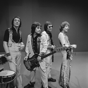Mud (band) - Mud in AVRO's TopPop (Dutch television show) in 1974