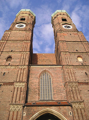 Munich Frauenkirche - Frauenkirche, looking up at the towers
