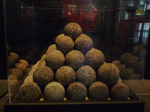 Square pyramidal number - A pyramid of cannonballs in the Musée historique de Strasbourg. The number of balls in the pyramid can be calculated as the fifth square pyramidal number, 55.