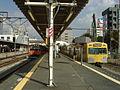 MusashisakaiStation-2003-9-27-platform.JPG