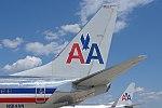 N914AN B737-800 American Airlines @ MSN.jpg
