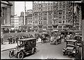 NY 5ave 13easter 1910s.jpg