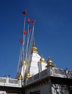 నైనా దేవి ఆలయం