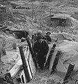 Ned. troepen bevrijden nederland, ze slapen in door duitse gebouwde bunkers Ko, Bestanddeelnr 934-9764.jpg