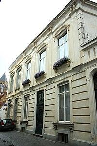 Neoclassicistisch hoekpand - Moerstraat 19 - Brugge - 29488.JPG