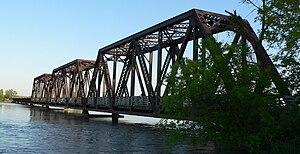 Niobrara River Bridge (Niobrara State Park, Nebraska) - Image: Niobrara State Park bridge from NW 2
