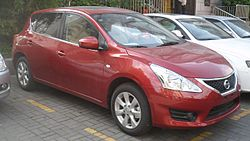 Nissan Tiida C12 China 2012-04-28.jpg