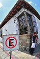 No estacionar - kissing OK (3406666041).jpg