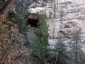 Gallina - Nogales (Spring) Cliff Houses in Northern New Mexico