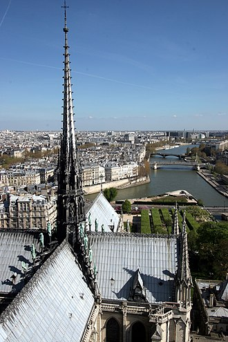 Crossing (architecture) - Image: Notre dame paris top facing east