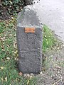 Old Milestone - geograph.org.uk - 1207471.jpg