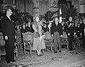 Ontvangst op stadhuis, Vlnr. Pierre de Gaulle (president conseil municipale) . k, Bestanddeelnr 903-9802.jpg