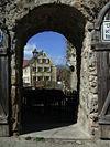 Ornbau Tor in Stadtmauer.jpg
