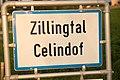 Ortstafel Zillingtal-Celindof (I), zweisprachig (Deutsch und Kroatisch).jpg