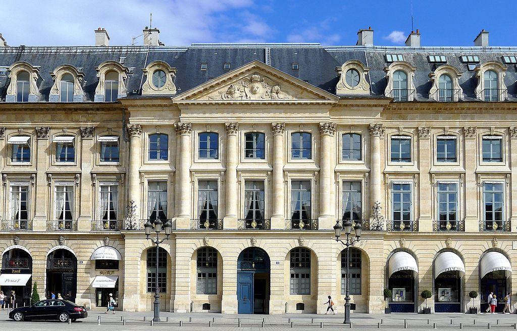 La place Vendôme (1685-1708 / 1802-1875) dans Hôtels particuliers