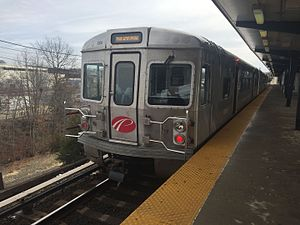 PATCO Speedline - PATCO Speedline at Lindenwold station