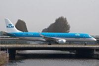 PH-EZF - E190 - KLM