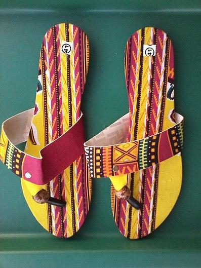 Paire de sandale en style Addis Abeba.jpg
