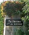 Panneau hameau Tuileries (Niévroz).JPG