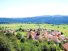 Panorama. sur Gilley (Doubs) (cropped).jpg