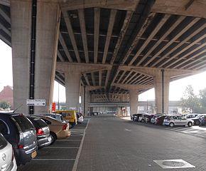 Park and Ride - onder E17 - Gentbrugge