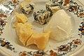 Parmesan, gorgonzola og mozzarella (7123618497).jpg