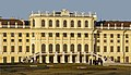 Partie centrale façade château Schönbrunn côté Jardins lumière soir hiver.jpg