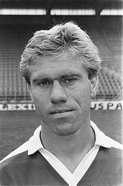 Persdag FC Utrecht Wim Rijsbergen, Bestanddeelnr 933-0411.jpg