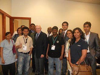Philip Kotler - Prof.Kotler after a lecture on Marketing 3.0 with students at Hyderabad, India.