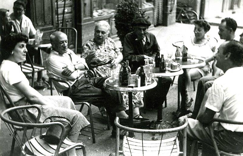 Пабло Пикассо в Grand Cafe, Ceret Céret (Сере), Лангедок-Русильон, Франция - путеводитель по городу