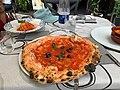 Pizza Napoletana in Pompei, Italy.jpg