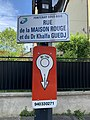 Plaque rue Maison Rouge Docteur Khalfa Guedj Panneau Bouche Incendie 940330271 Fontenay Bois 2.jpg