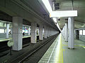Platform of Sakaisuji-line at Minami-morimachi.jpg