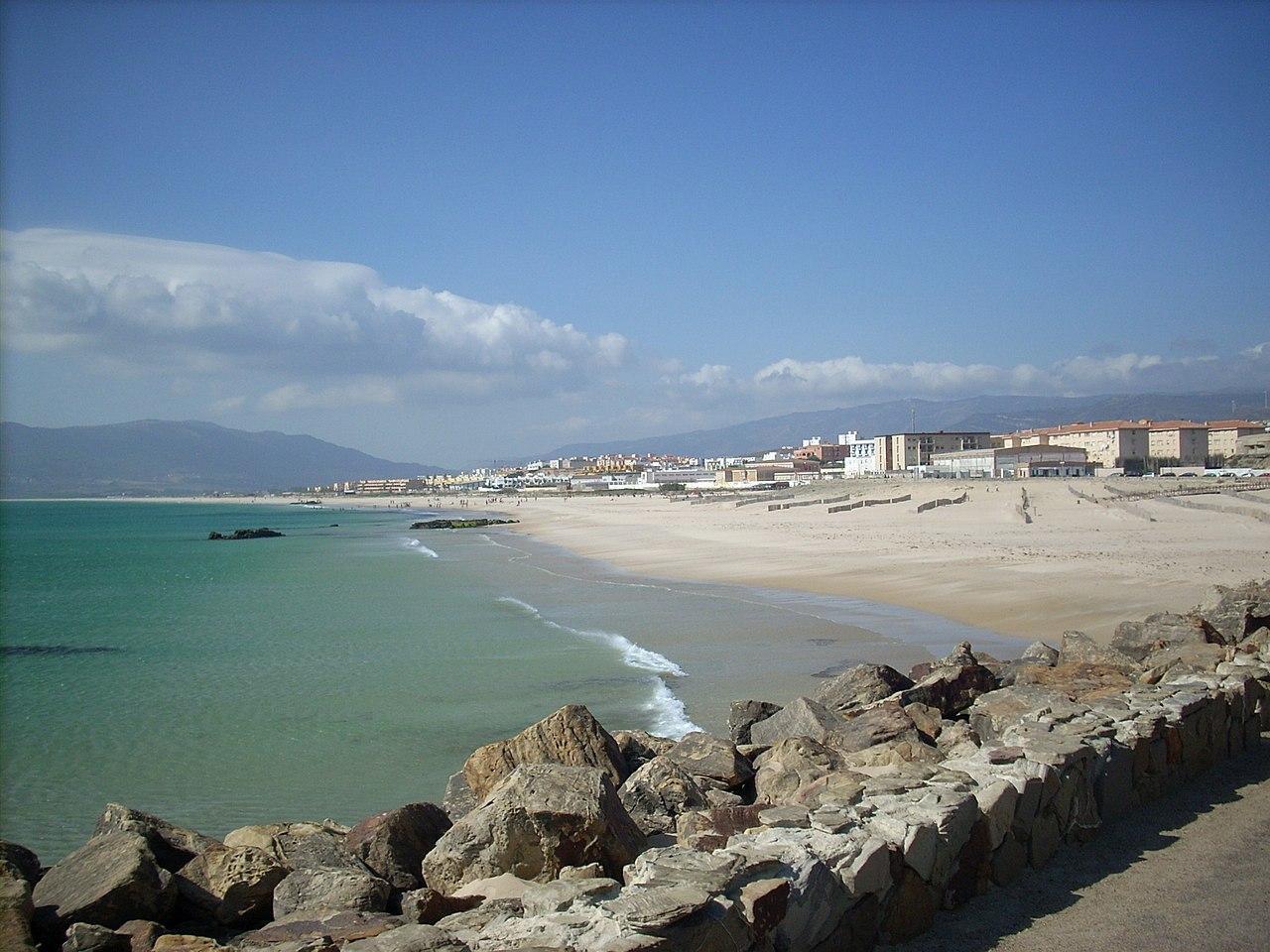 Paseo en la playa - 1 2