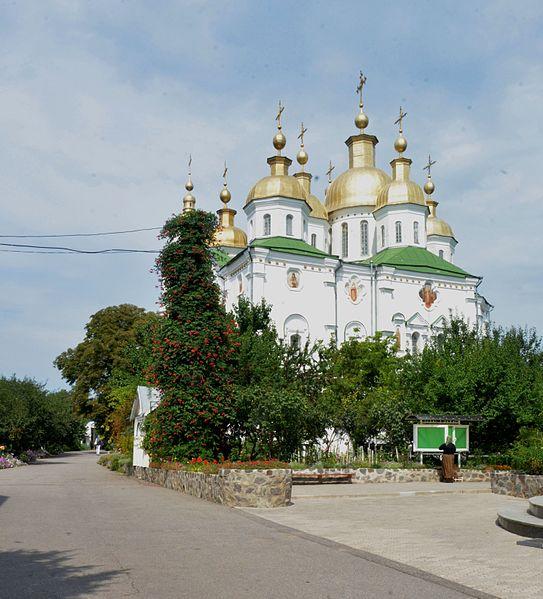 File:Poltava Velychkovskoho (Sverdlova) Str. Monastery of Exaltation of the Holy Cross Cathedral 04 (YDS 7384).jpg