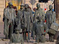 Pomnik Anonimowego Przechodnia.JPG