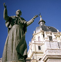 Statue of Pope John Paul II, Catedral de la Almudena, Madrid