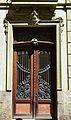 Porta lateral de la casa de les Bruixes, Alacant.JPG