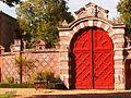 Portail intérieur du chateau de Villebon.jpg