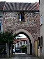 Porte à Villecomtal-sur-Arros (Gers, France).JPG