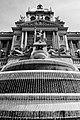Prag, Nationalmuseum, Brunnen -- 2019 -- 6841 (bw).jpg