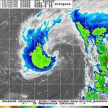 Vylepšený infračervený satelitní snímek subtropické bouře Karen