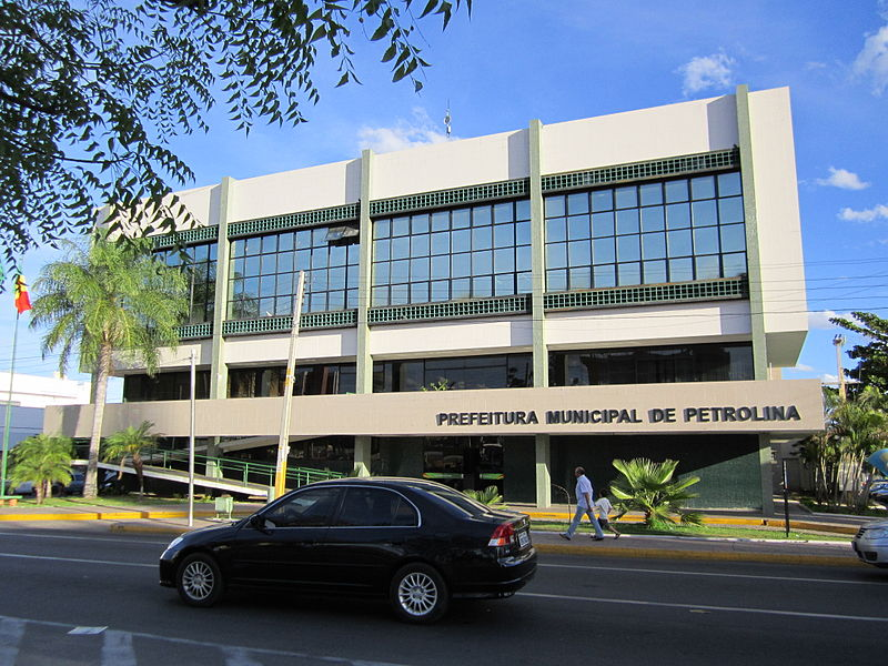 Ficheiro:Prefeitura Municipal - Petrolina, Pernambuco, Brasil.jpg