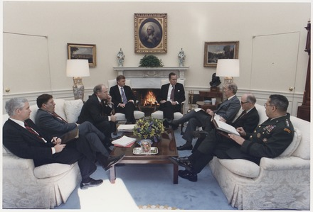 Bush meets with Robert Gates, General Colin Powell, Secretary Dick Cheney and others about the situation in the Persian Gulf and Operation Desert Shield, January 15, 1991 President Bush meets with General Colin Powell, General Scowcroft, Secretary James Baker, Vice President Quayle... - NARA - 186429.tif