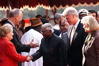 Dick Celeste - Celeste and President Bill Clinton introduce Prince Narayanan, 2000