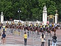 Prudential Race. Horses at Queen's Gardens, Buckingham Palace.jpg