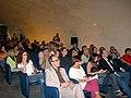 Pubblico Il dibattito EDOARDO SANGUINETI E WIKIPEDIA, L'ENCICLOPEDIA ORIZZONTALE con E.Sanguineti Genova 17 giugno 2006.jpg